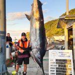 Teen catches 364kg black marlin despite broken collarbone